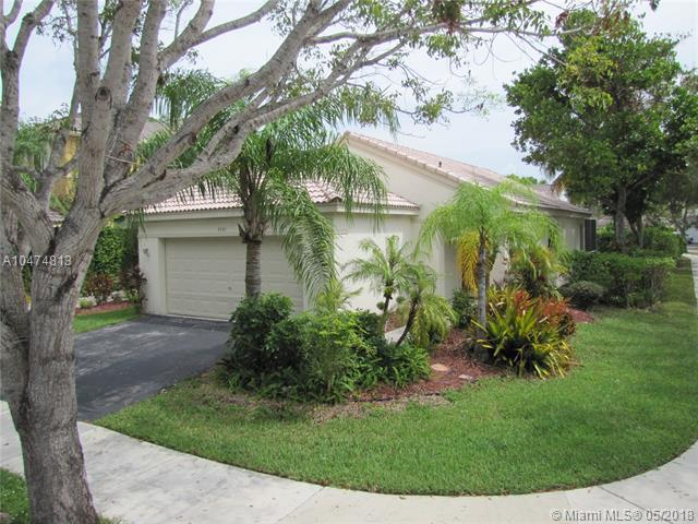 4321 Greenbriar Ln, Weston, FL 33331 (MLS #A10474813) :: The Chenore Real Estate Group