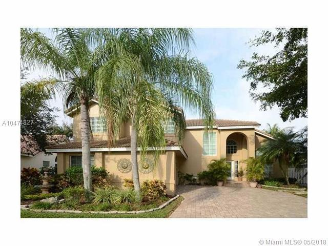 501 Spinnaker, Weston, FL 33326 (MLS #A10474827) :: The Chenore Real Estate Group