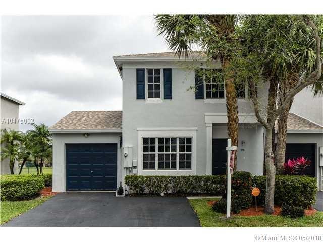 9701 Santa Rosa Dr #9701, Tamarac, FL 33321 (MLS #A10475002) :: The Chenore Real Estate Group