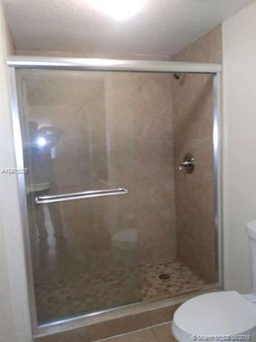 2552 Centergate Dr #102, Miramar, FL 33025 (MLS #A10475075) :: The Chenore Real Estate Group