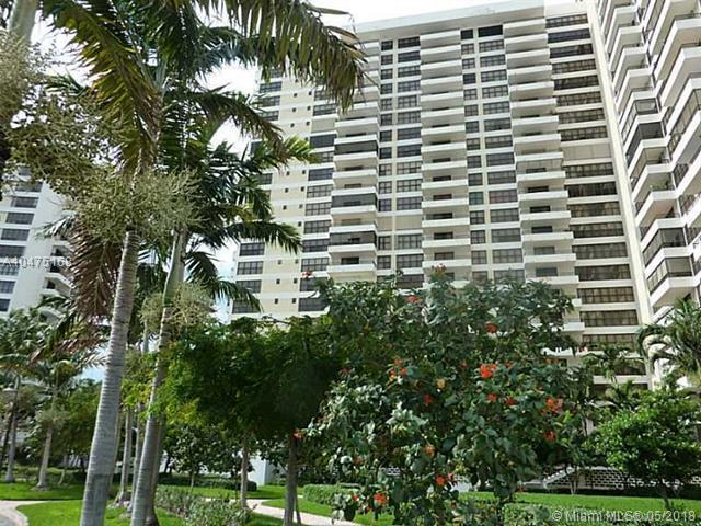2500 Parkview Dr #2219, Hallandale, FL 33009 (MLS #A10475168) :: The Chenore Real Estate Group