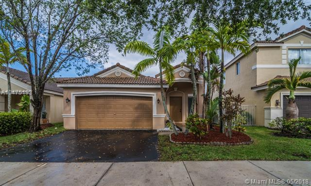 1272 Canary Island Dr, Weston, FL 33327 (MLS #A10475193) :: The Teri Arbogast Team at Keller Williams Partners SW