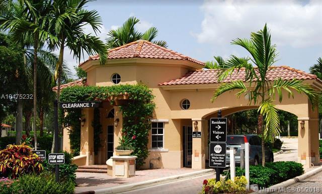 3835 Oak Ridge Cir, Weston, FL 33331 (MLS #A10475232) :: The Teri Arbogast Team at Keller Williams Partners SW
