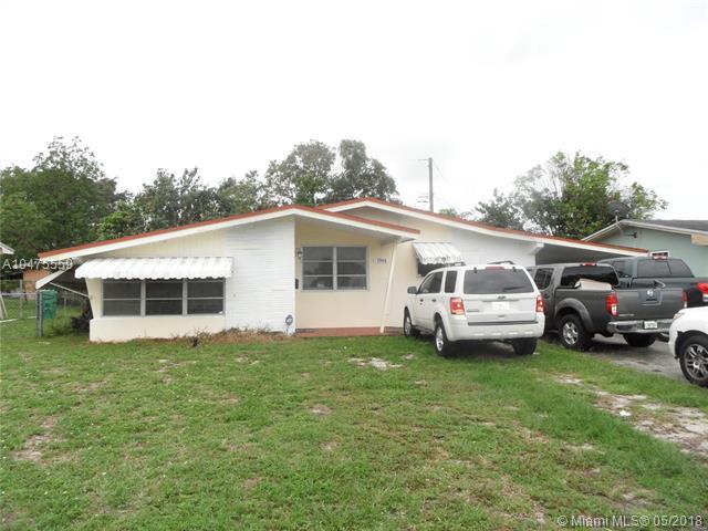 7944 Miramar Blvd, Miramar, FL 33023 (MLS #A10475559) :: The Teri Arbogast Team at Keller Williams Partners SW