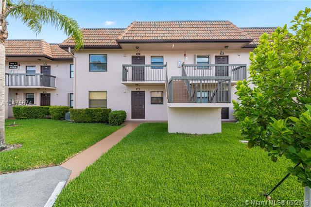 10413 NW 11th St #205, Pembroke Pines, FL 33026 (MLS #A10475674) :: Stanley Rosen Group