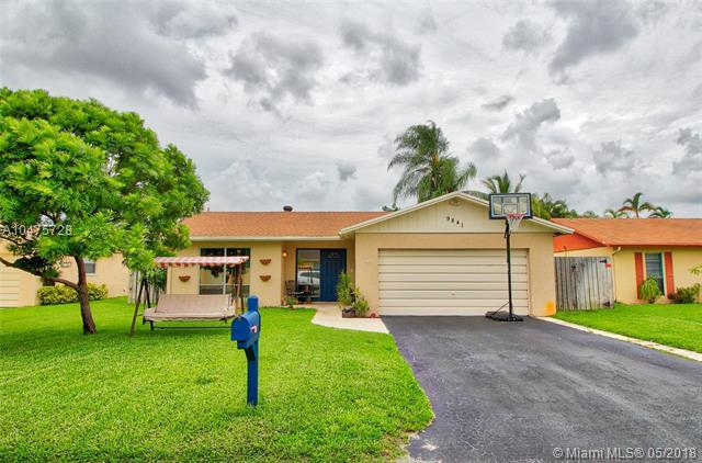 9841 NW 24th St, Coral Springs, FL 33065 (MLS #A10475728) :: Calibre International Realty