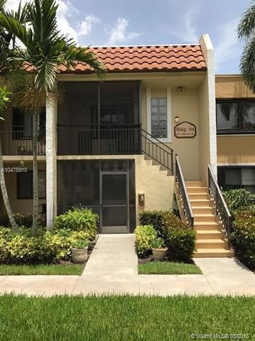 436 Lakeview Dr #205, Weston, FL 33326 (MLS #A10475910) :: Stanley Rosen Group