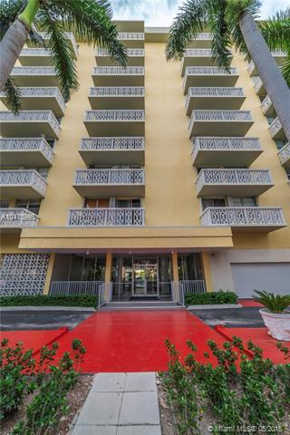 1020 Meridian Ave #211, Miami Beach, FL 33139 (MLS #A10475995) :: The Riley Smith Group