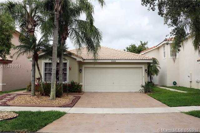 2444 SW 177th Ter, Miramar, FL 33029 (MLS #A10476051) :: RE/MAX Presidential Real Estate Group