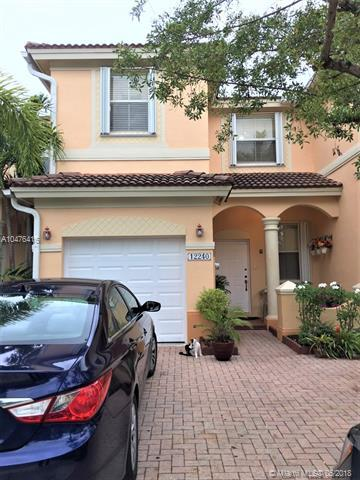12240 SW 123rd Pass, Miami, FL 33186 (MLS #A10476416) :: RE/MAX Presidential Real Estate Group