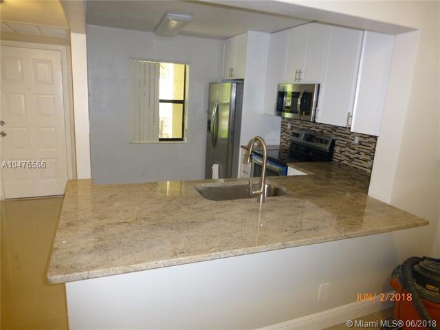 3119 Carambola Cir S #2302, Coconut Creek, FL 33066 (MLS #A10476566) :: Prestige Realty Group
