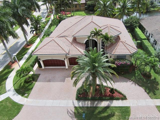 620 Cardinal St, Plantation, FL 33324 (MLS #A10476721) :: The Riley Smith Group