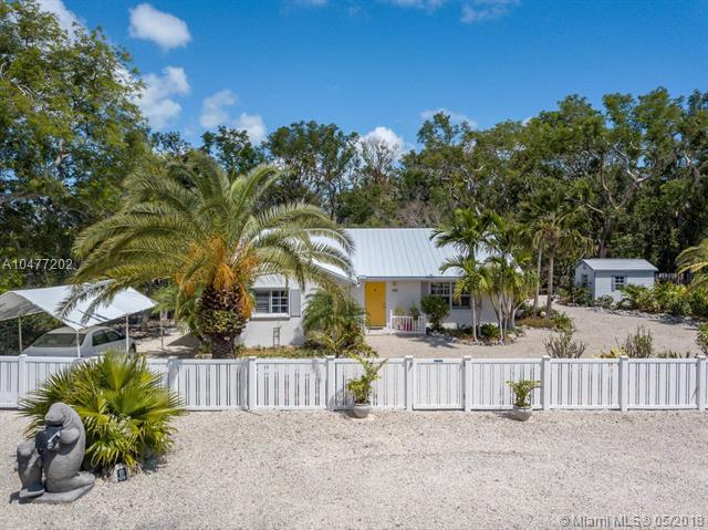 629 Cabrera Street, Other City - In The State Of Florida, FL 33037 (MLS #A10477202) :: Green Realty Properties