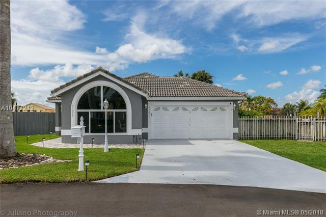 21251 Millbrook Ct, Boca Raton, FL 33498 (MLS #A10477212) :: Green Realty Properties