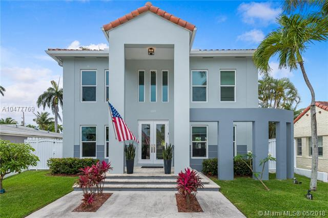 1025 Buchanan St, Hollywood, FL 33019 (MLS #A10477769) :: Green Realty Properties