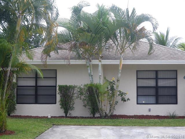 5421 Gene Cir, West Palm Beach, FL 33415 (MLS #A10478091) :: Calibre International Realty