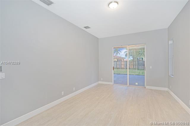 16461 Ontario Pl, Davie, FL 33331 (MLS #A10478289) :: Green Realty Properties