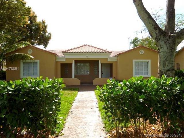 1642 Polk St, Hollywood, FL 33020 (MLS #A10478851) :: Calibre International Realty