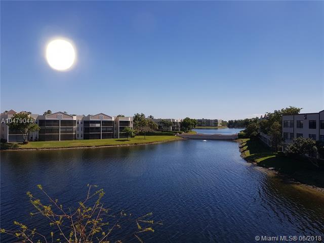 10754 W Clairmont Cir #310, Tamarac, FL 33321 (MLS #A10479044) :: Calibre International Realty