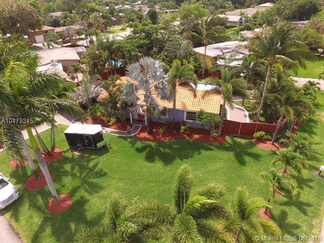 2808 NE 1st Ave, Wilton Manors, FL 33334 (MLS #A10479245) :: Green Realty Properties