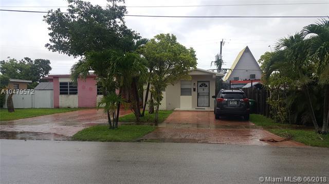 9015 SW 40th Ter, Miami, FL 33165 (MLS #A10479572) :: Calibre International Realty