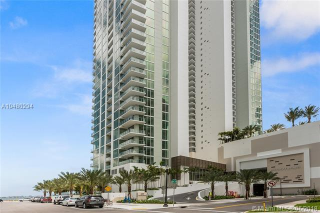 2900 NE 7 AV #301, Miami, FL 33137 (MLS #A10480294) :: The Riley Smith Group