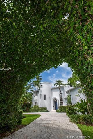 6650 Pinetree, Miami Beach, FL 33141 (MLS #A10480497) :: Miami Lifestyle