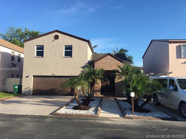 11832 SW 273rd St, Homestead, FL 33032 (MLS #A10480600) :: Green Realty Properties