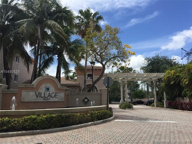 2015 SE 10th Ave #118, Fort Lauderdale, FL 33316 (MLS #A10480876) :: Green Realty Properties