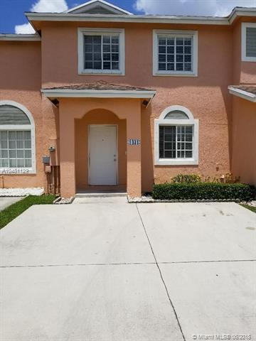 1431 SW 48th Ter #1431, Deerfield Beach, FL 33442 (MLS #A10481129) :: Miami Villa Team