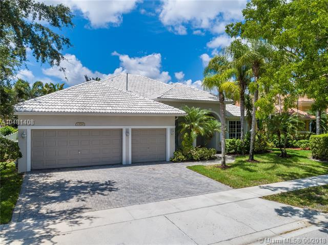 13720 NW 23rd St, Pembroke Pines, FL 33028 (MLS #A10481408) :: The Teri Arbogast Team at Keller Williams Partners SW