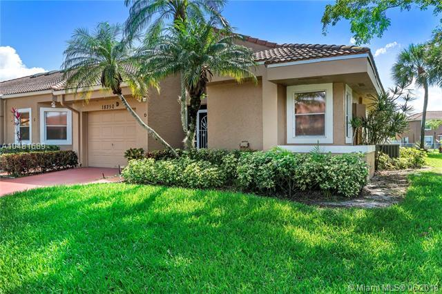 18250 Covina Way D, Boca Raton, FL 33498 (MLS #A10481689) :: Green Realty Properties