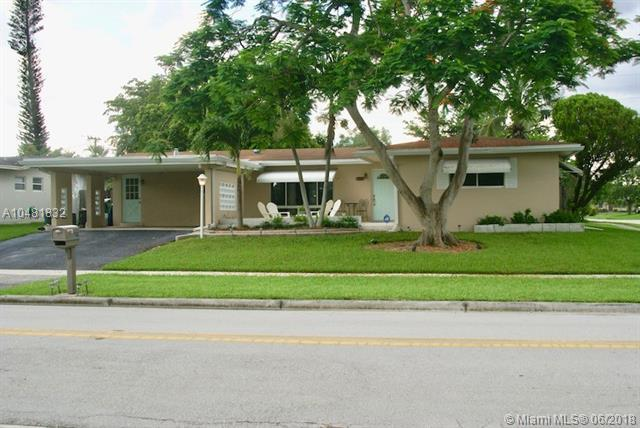 6209 NW 17th St, Margate, FL 33063 (MLS #A10481832) :: Calibre International Realty