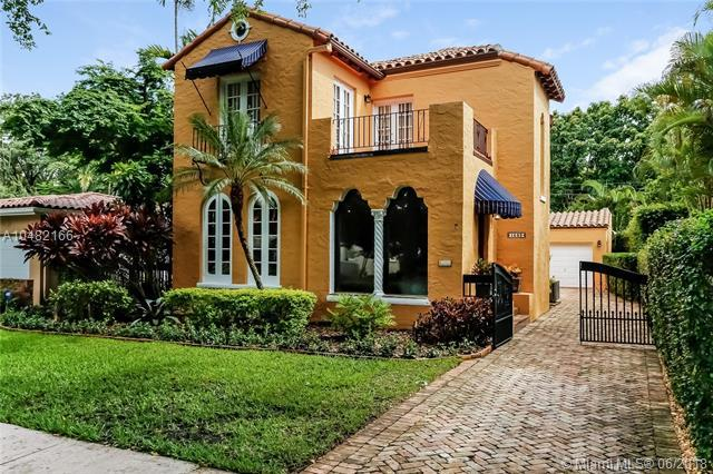 1532 Catalonia Ave, Coral Gables, FL 33134 (MLS #A10482166) :: The Riley Smith Group