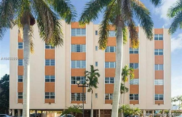 1770 E Las Olas Boulevard #301, Fort Lauderdale, FL 33301 (MLS #A10482239) :: Green Realty Properties