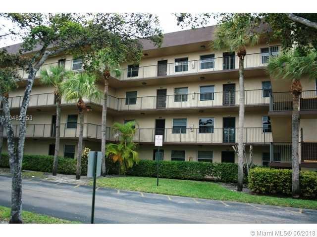 3121 NW 47th Ter #414, Lauderdale Lakes, FL 33319 (MLS #A10482253) :: Calibre International Realty