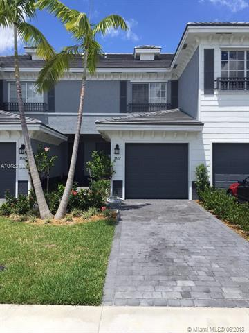 3490 NW 13th St #3490, Lauderhill, FL 33311 (MLS #A10482444) :: Prestige Realty Group