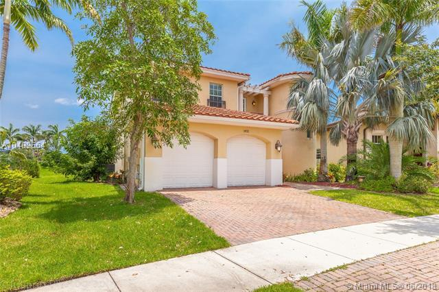 10722 NW 80th Cir, Parkland, FL 33076 (MLS #A10482564) :: Prestige Realty Group
