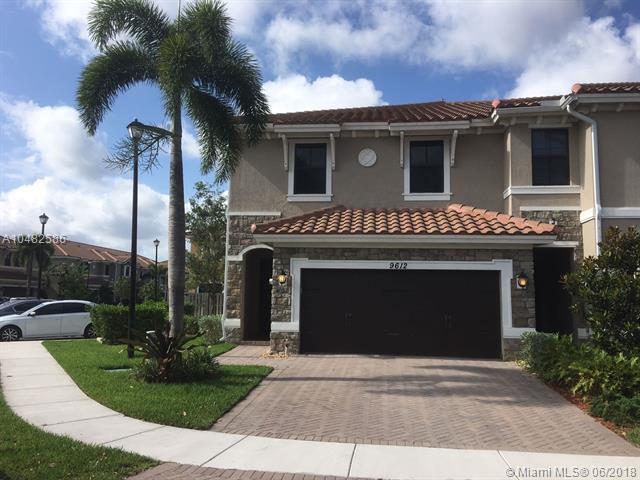 9612 Waterview Way, Parkland, FL 33076 (MLS #A10482586) :: Prestige Realty Group