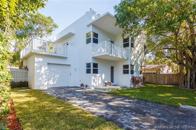 795 NE 70th St, Miami, FL 33138 (MLS #A10483332) :: Prestige Realty Group