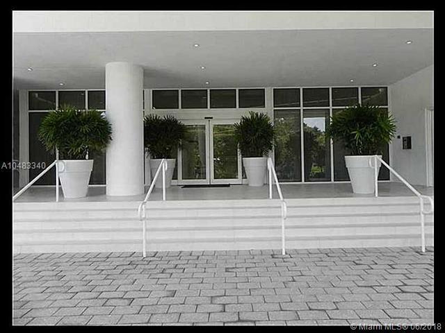 4250 Biscayne Blvd #702, Miami, FL 33137 (MLS #A10483340) :: The Teri Arbogast Team at Keller Williams Partners SW