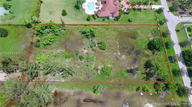 6161 SW 178th Ave, Southwest Ranches, FL 33331 (MLS #A10483540) :: The Teri Arbogast Team at Keller Williams Partners SW