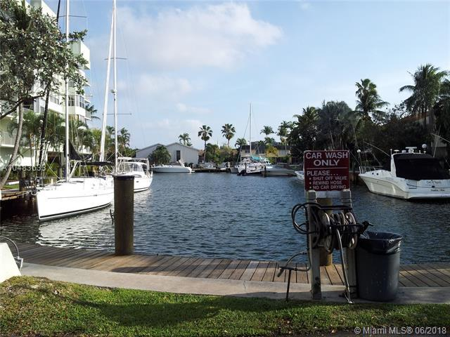16546 NE 26th Ave 4J, North Miami Beach, FL 33160 (MLS #A10483633) :: Green Realty Properties