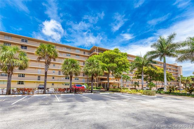 5961 NW 2nd Ave #203, Boca Raton, FL 33487 (MLS #A10483638) :: The Teri Arbogast Team at Keller Williams Partners SW