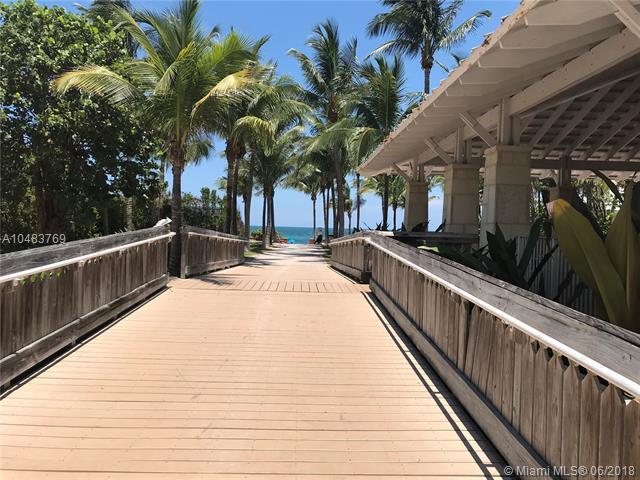 798 Crandon Blvd 16-C, Key Biscayne, FL 33149 (MLS #A10483769) :: The Riley Smith Group