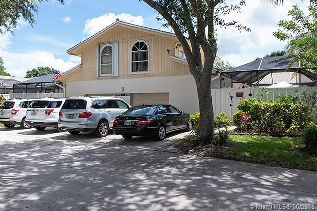 5138 Woodruff Ln, Palm Beach Gardens, FL 33418 (MLS #A10483771) :: Green Realty Properties