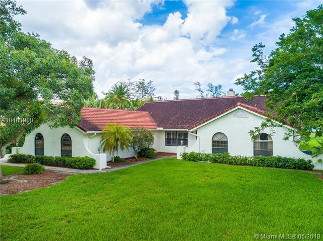 6180 NW 75th Way, Parkland, FL 33067 (MLS #A10483900) :: Jamie Seneca & Associates Real Estate Team