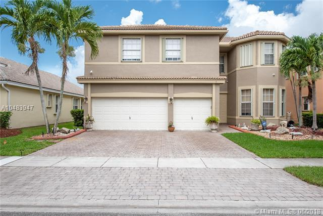 1450 SW 164th Ave, Pembroke Pines, FL 33027 (MLS #A10483947) :: Green Realty Properties