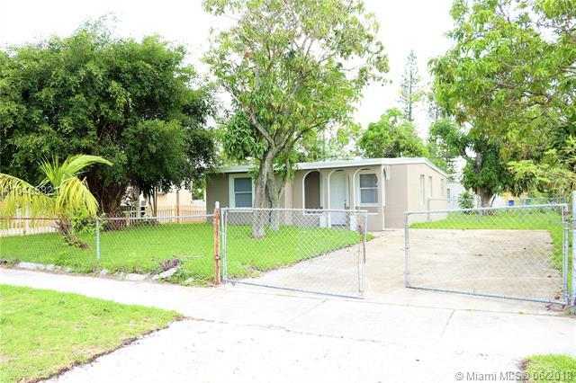 1801 NW 24th Ter, Fort Lauderdale, FL 33311 (MLS #A10485821) :: Prestige Realty Group