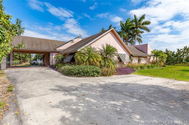 18955 SW 264 ST, Homestead, FL 33031 (MLS #A10486299) :: Prestige Realty Group